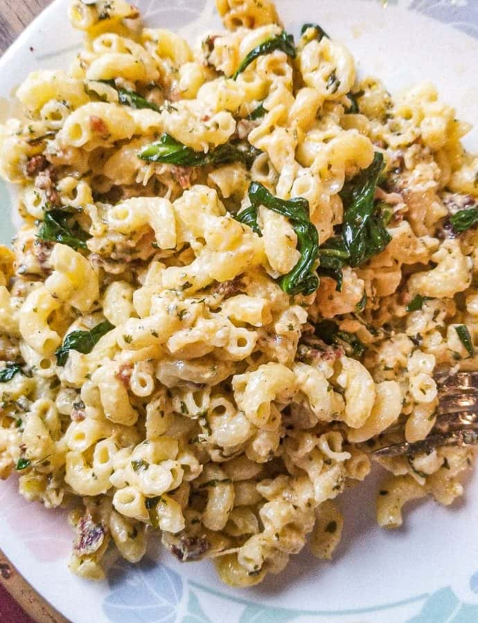 Personalized Macaroni Bowls-Easy Mac n Cheese!